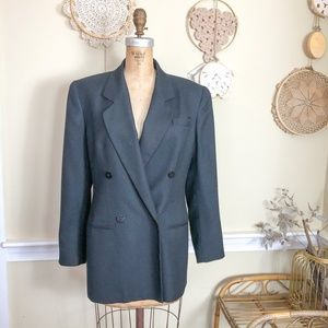 Vintage 1980s Double Breasted Structured Blazer 6
